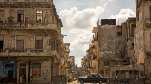 The other side of Cuba – Flawed Garbage Collection, Sewage Overflowing Pits, Air Pollution!